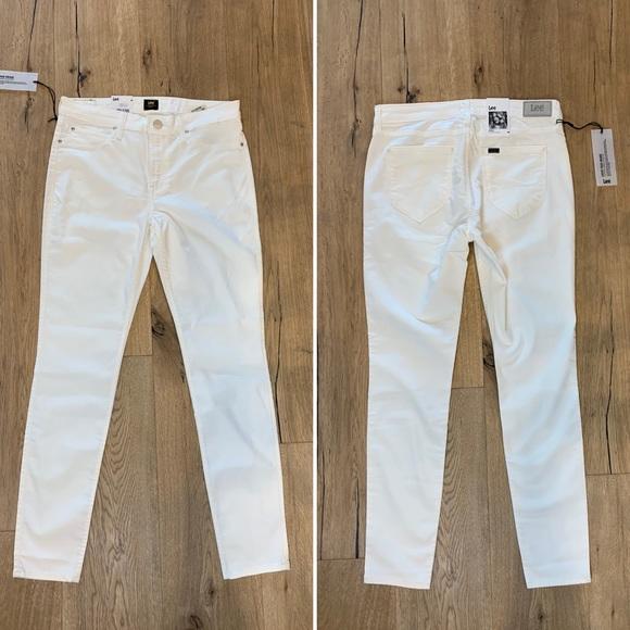✨Host Pick!✨ LEE Super Skinny High-Rise Jeans NWT!